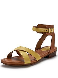 clarks-viveca-zeal-sandals