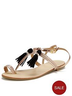 glamorous-tassle-toe-post-sandals