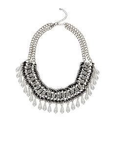 silver-teardrop-necklace