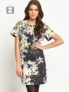 girls-on-film-printed-floral-detail-shift-dress