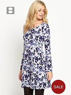south-zip-back-swing-dress