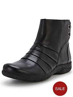 clarks-mells-ruth-black-boots