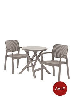 oregon-folding-table-with-2-samanna-chairs
