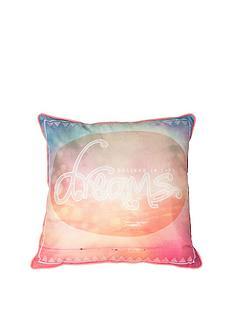 graham-brown-dream-cushion