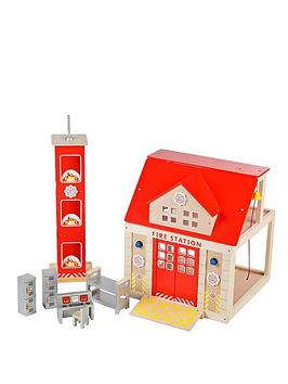 tidlo-wooden-fire-station-set