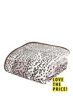 catherine-lansfield-animal-print-raschel-throw-giraffe-tan