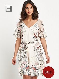 warehouse-angel-sleeve-dress