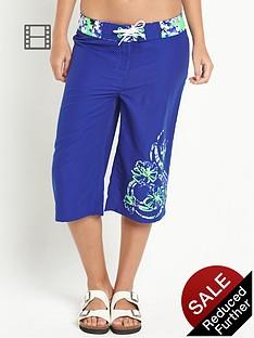 resort-floral-detail-board-shorts-blue