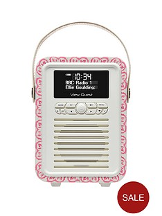 view-quest-emma-bridgewater-retro-mini-bluetoothreg-dab-radio-sampler