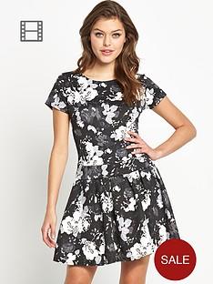 club-l-monochrome-floral-drop-waist-dress