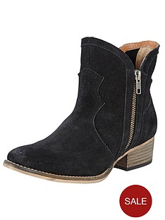 ravel-alexis-western-ankle-boots