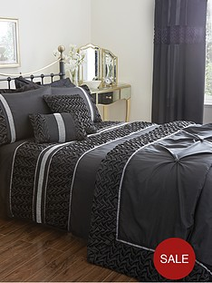 mia-duvet-cover-and-pillowcase-set-black