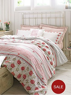 emma-bridgewater-rose-and-bee-pillowcase
