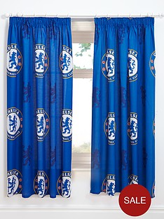 chelsea-bullseye-pleated-curtains