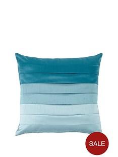seattle-eyelet-cushion-covers
