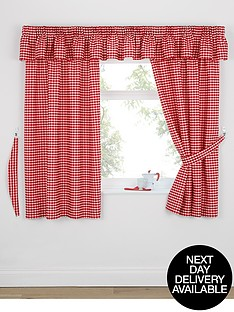 gingham-kitchen-curtains-including-tiebacks