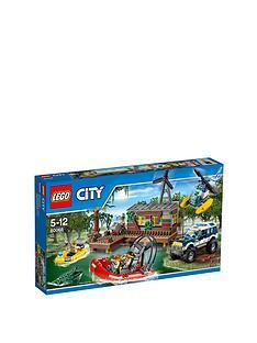 lego-city-city-crooks-hideout-60068