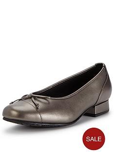 hotter-idyllic-low-heel-shoes
