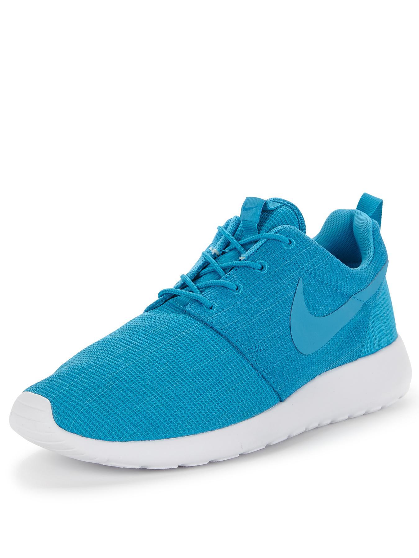 b27e546a263604 jqtgix Nike Roshe Run Slip   Nike Air Max 90 Trainers