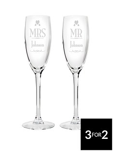 personalised-mr-mrs-champagne-flutes
