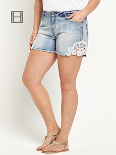so-fabulous-crochet-trim-denim-shorts