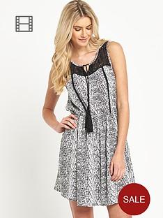 south-tassel-detail-dress