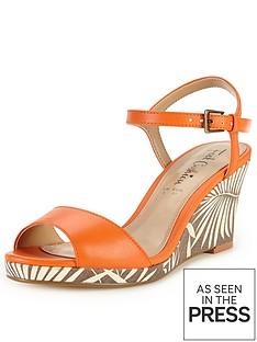 foot-cushion-verity-print-comfort-wedge-sandals-orange