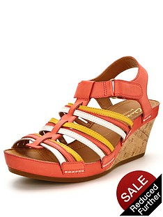 clarks-rusty-lady-wedge-sandals