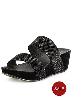 moda-in-pelle-plucky-black-wedge-slide-sandals