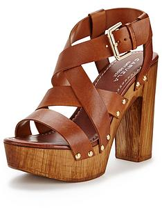 carvela-kookie-leather-platform-sandals
