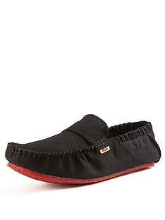 mocks-classic-canvas-loafers