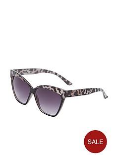 leopard-print-catseye-sunglasses