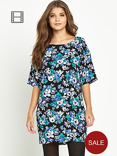 glamorous-floral-print-shift-dress