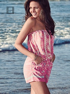 lipsy-michelle-keegan-pastel-leo-beack-playsuit
