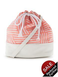 girls-aztec-duffle-bag