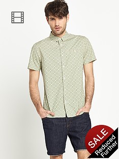 goodsouls-mens-short-sleeve-geo-print-shirt