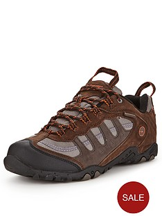 hi-tec-penrith-low-mens-trainers