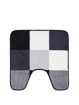 check-pedestal-mat