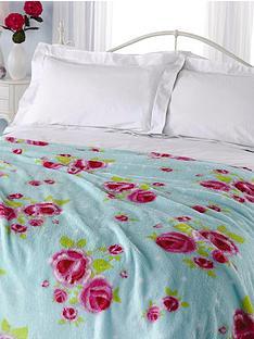 vintage-rose-microfibre-fleece-blanket