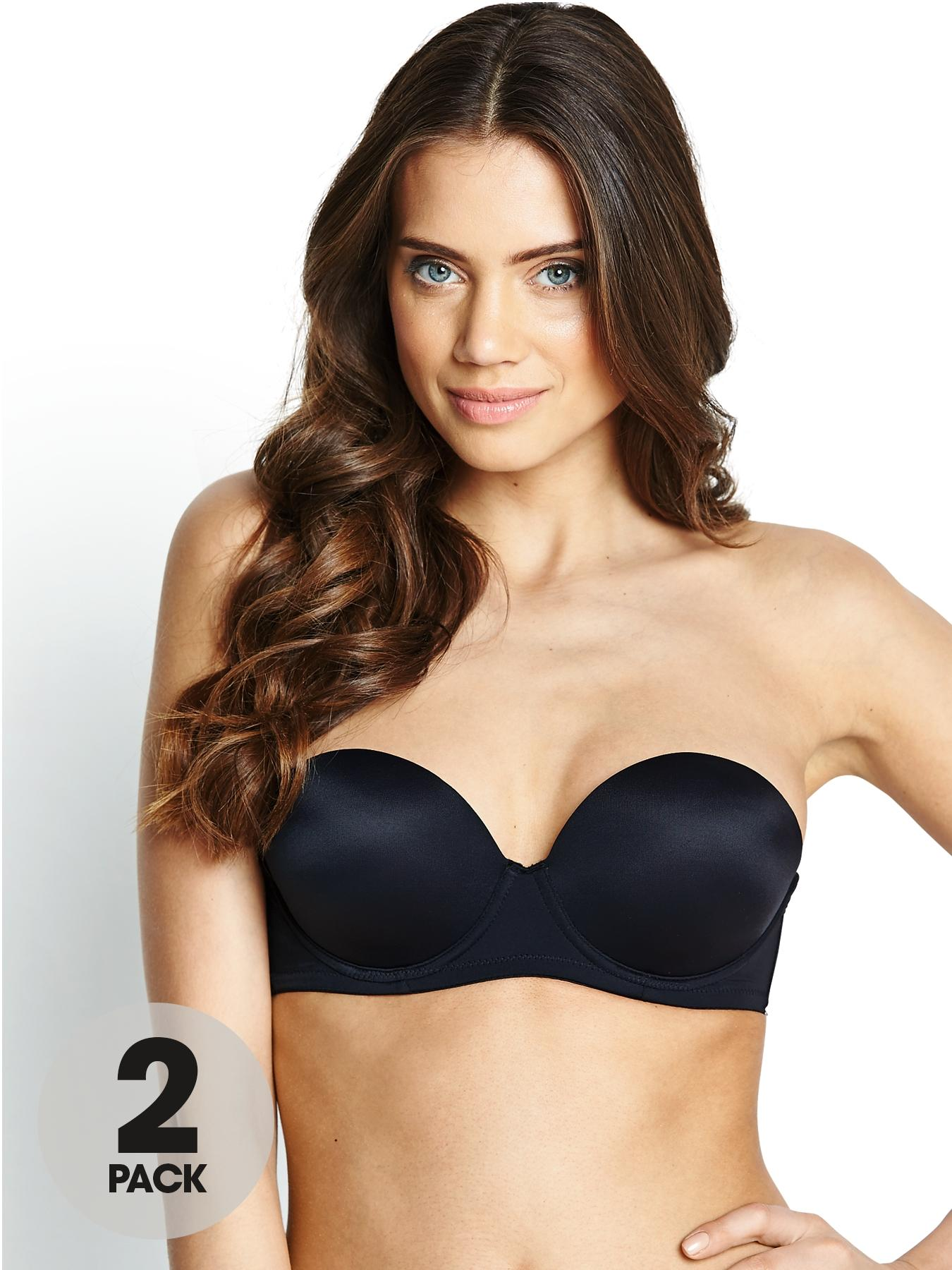 The bra sizes vary from country to country; hence the bra size conversion can be real confusion. So many factors are included while measuring the bra size making it complicated. The shape and size, position and symmetry, spacing and firmness, everything differs from an individual woman to another.