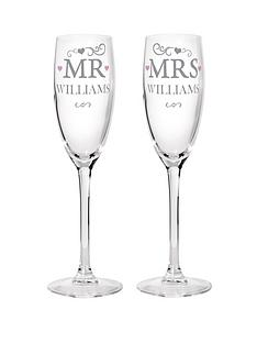 personalised-mr-and-mrs-champagne-flutes