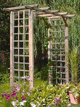 forest-classic-wooden-garden-arch