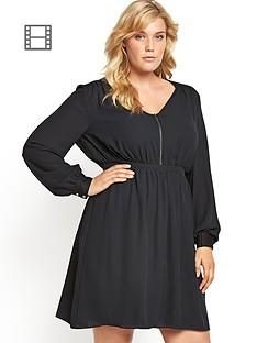 zip-front-keyhole-back-lsleeve-dress
