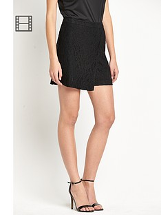 definitions-lace-skorts