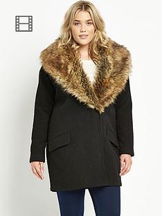 large-fur-collar-textured-coat