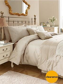 downton-bedding-range-gold