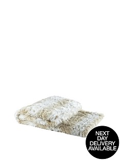 snow-leopard-faux-fur-throw