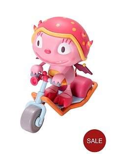 henry-hugglemonster-summerss-super-scooter