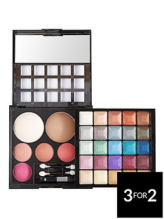 love-label-get-baked-eyeshadow-and-blusher-palette