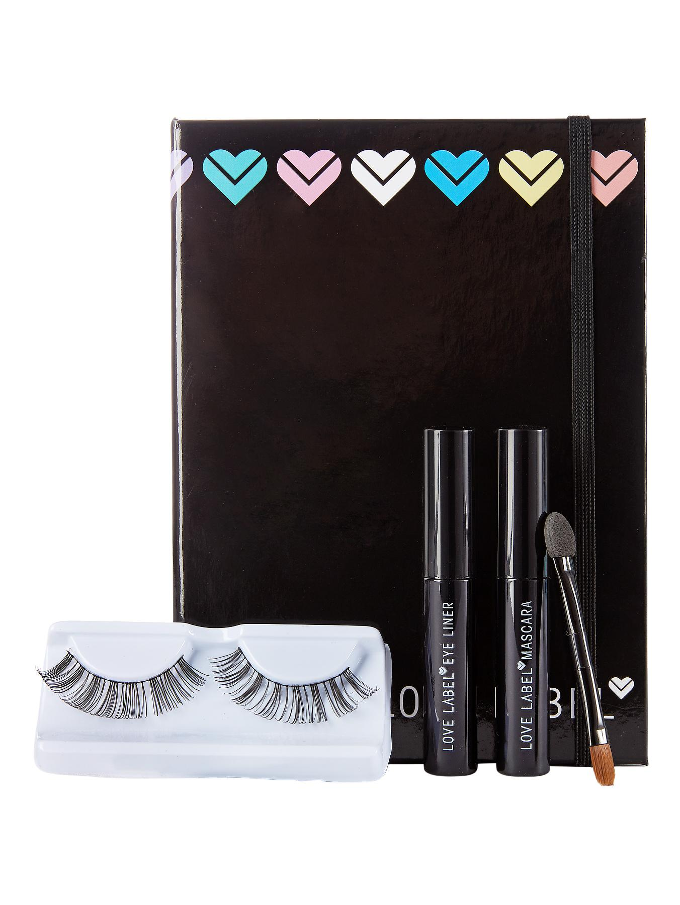 Love Label Eyelash Kit